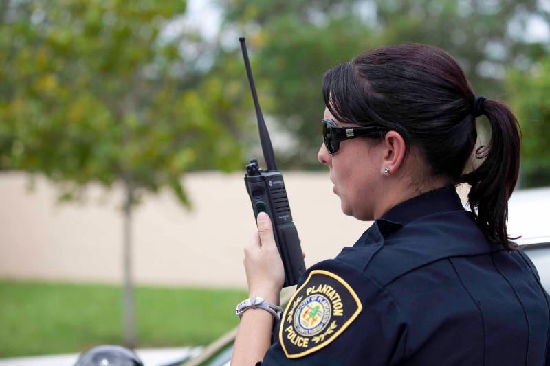 PublicSafety_Police_Radio_APX