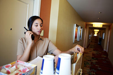 best-two-way-radios-for-hospitality-1