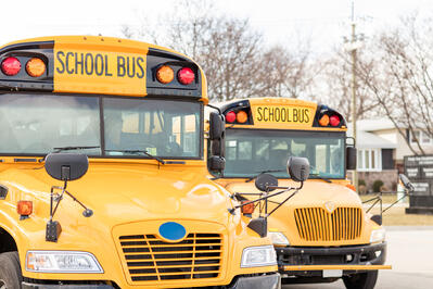 how-school-busses-with-guardiancam-improve-safety-in-education