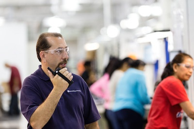 enhance-safety-in-manufacturing-with-motorola-two-way-radios